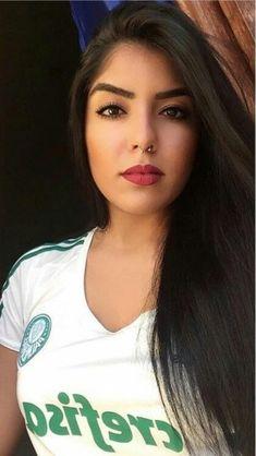 Beautiful Black Women, Beautiful Eyes, Most Beautiful, Soccer Fans, Football Fans, Western Girl, Football Outfits, Hot Cheerleaders, Pretty Face