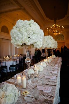 dramatic tall centerpieces