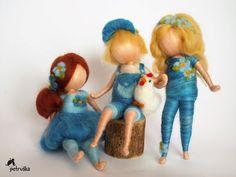 waldorf inspired Petruška in blue blue collectionornament Wool Dolls, Felt Dolls, Wet Felting, Needle Felting, Felted Wool Crafts, Drawing Expressions, Felt Fairy, Felting Tutorials, Tiny Dolls