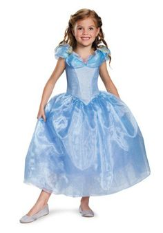 She'll look as beautiful as Ella did when she arrived at the ball in this girls Deluxe Cinderella Movie Costume.