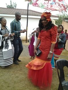 Hunt for beautiful dresses for wedding shweshwe easier. Choosing a shweshwe wedding dresses took a breath and making abiding the praise. Although shweshwe South African Dresses, African Print Dresses, African Wear, African Women, African Fashion, African Prints, African Style, Seshoeshoe Dresses, Nice Dresses