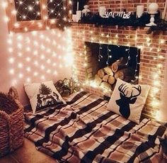Image via We Heart It #christmas #decoration #home #house #lovely #room #winter