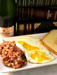 My favorite breakfast food is corned beef hash. Some of you also grew up loving it and know what I'm talking about. The Mary Kitchen kind right out of the can & cooked until it has crispy edges is the best, although there is a homemade Corned Beef Hash at my favorite breakfast spot in …Continue Reading