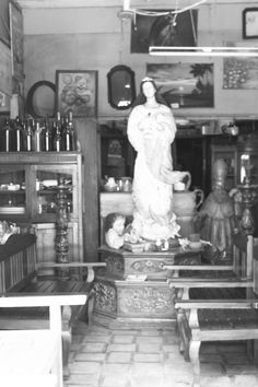 From an antique shop in Heritage Village, Vigan City, Ilocos Sur. Ilocos, Vigan, Antique Shops, Statue, Antiques, City, Shopping, Antiquities, Antique Stores