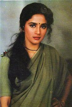 Злодей / Khal Nayak г. Beautiful Bollywood Actress, Most Beautiful Indian Actress, Beautiful Actresses, Bollywood Stars, Bollywood Fashion, Bollywood Heroine, Madhuri Dixit Saree, Sabyasachi, Aishwarya Rai Photo