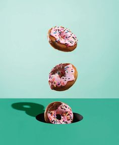 #donuts #real # popart #3d #tosca #wallpaper