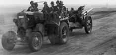 Hungarian : a civilian tractor used as an artillery tractor. Had numerous mechanical issues in this role Defence Force, Axis Powers, Hungary, Ww2, World War, Tractors, Monster Trucks, Guns, Army