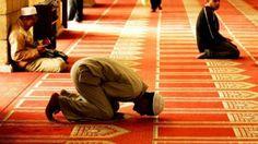 """ΕΛΛΑΝΙΑ ΠΥΛΗ: """"Ιμάμης σε τζαμί των Μεγάρων καλεί τους μουσουλμάν..."""