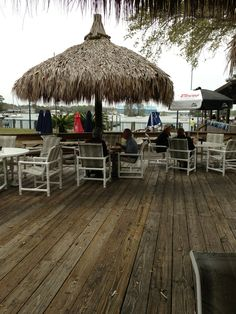 Cracker's Bar & Grill in Crystal River, FL