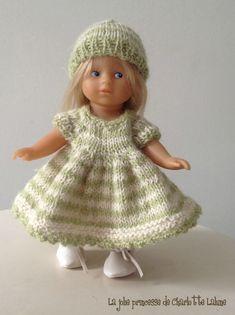 Lequel choisir ?? :-) - Dans le jardin des Fées Lins Knitted Dolls, Charlotte, Baby Dolls, Doll Clothes, Creations, Barbie, Crochet Hats, Flower Girl Dresses, Wedding Dresses