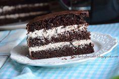 kruche babeczki: Tort czekoladowo - kawowy z powidłami śliwkowymi