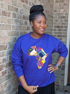 Patchwork Map of Africa Sweatshirt Several colors Unique Sweatshirt African Wear Dresses, Africa Map, African Print Fashion, Printing On Fabric, Dress Up, Sweatshirts, Colors, Unique, Model
