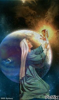 Mother Mary holding up Jesus, savior of the world. Miséricorde Divine, Divine Mother, Mother Goddess, Jesus Christ Images, Jesus Art, Religious Pictures, Jesus Pictures, Blessed Mother Mary, Blessed Virgin Mary