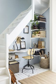 25 ways to setup a home office in 24 hours or less 15 Space-Saving Under Stairs Home Offices You Need To See - Top Dreamer Home Office Design, Home Office Decor, House Design, Home Decor, Office Ideas, Cottage Office, Cottage Stairs, Office Designs, Small Space Living