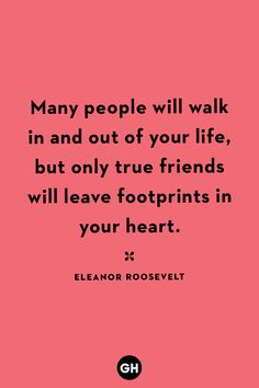 40 Friendship Quotes to Share With Your Besties 40 Short Friendship Quotes for Best Friends - Cute Sayings About Friends Hbd Quotes, Besties Quotes, Goal Quotes, Best Friend Quotes, Cute Quotes, Qoutes, Lesbian Quotes, Flirty Quotes, Strong Quotes