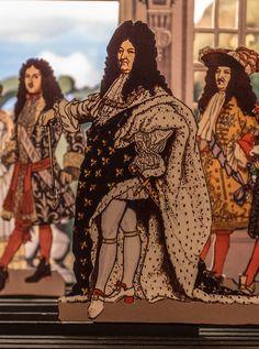 25. treffen 2011    Hanauer Papiertheater – Helmut Wurz, Terence Andrews und Annegret Garrecht, HanauDie Sauerkrautprinzessinhttp://www.scopetoytheater.com/default.html   The paper theatre festival in Germany, 2011