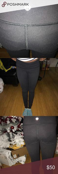 Lululemon Leggings Pre-owned lululemon athletica Pants Leggings