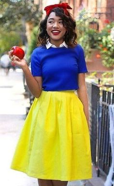 Snow White DIY Halloween costume: http://www.stylemepretty.com/living/2016/10/15/50-genius-costume-ideas-for-everyone-from-your-puppy-to-your-squad/