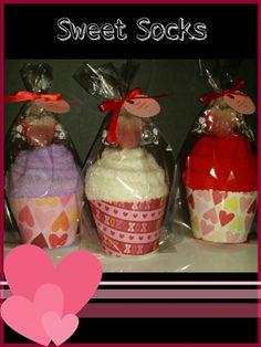 Valentine's Day Sock Cupcakes - great co-worker, nurse, teacher, neighbor, babysitter, and classroom
