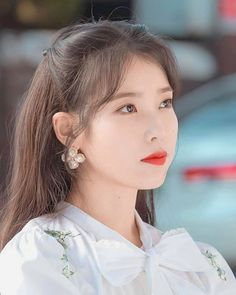 이지은 Lee Ji-eun #leejieun #iu #이지은 #singer #actress #korea #beautiful #hoteldelluna #girl #2019 Kpop Girl Groups, Kpop Girls, Korean Girl, Asian Girl, Korean Idols, Iu Twitter, K Pop, Iu Fashion, Korean Artist