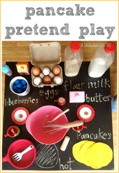 Pancake making pretend play activity - A great activity to go with Eric Carle& Pancake, Pancake! or Laura Numeroff& If You Give a Pig a Pancake. Dramatic Play Area, Dramatic Play Centers, Laura Numeroff, Role Play Areas, Imagination Tree, Toddler Activities, Pancake Day Eyfs Activities, Preschool Ideas, Kindergarten Centers