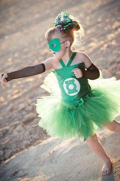 Homemade Green Lantern Costume Ideas.�