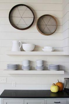 traditional kitchen by Yvonne McFadden LLC      TheKormendyTrottTeam|Century21MillerRealEstate|Oakville,Ontario,Canada