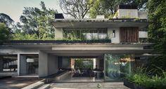Image 1 of 31 from gallery of House Maza / CHK arquitectura. Photograph by Yoshihiro Koitani
