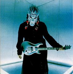 If we're being honest, Wes Borland was totally one of my big influences in high school. He is incredibly creative, and theatrical. Definitely one of the reasons I liked PRS guitars too.