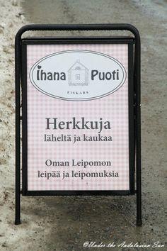 Fiskars, a small village an hour away from Helsinki full of artisans, cute little shops and even cuter cafés...