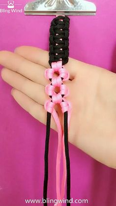 DIY Braided Peach Flower Pattern Bracelet / Headband Part - In the Part 2 of the tutorial, we continue the job on the black wristband which was made in Part - Rope Crafts, Diy Crafts Jewelry, Diy Crafts For Gifts, Bracelet Crafts, Handmade Jewelry, Daisy Bracelet, Creative Crafts, Yarn Crafts, Decor Crafts