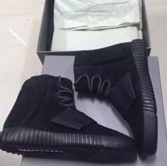 Black out Adidas Yeezy Boost 750 Dec.5
