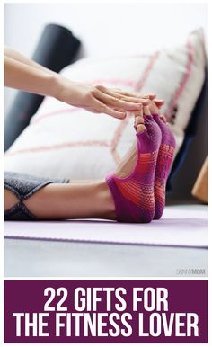 Fitness gifts - 22 Gifts for the Fitness Lover – Fitness gifts Fitness Gifts, You Fitness, Fitness Motivation, Health Fitness, Barre Fitness, Fitness Gadgets, Barre Workout, Workout Gear, Fun Workouts