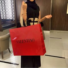 abaya arabic girl arab arabness shopping muslim style