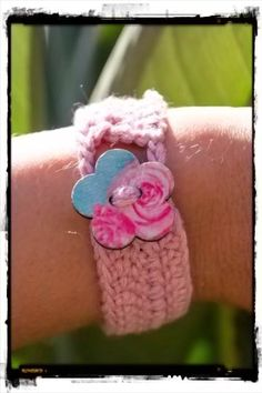 Crochet Bracelet Pink Rose - The Laughing Gecko Gift Shoppe Crochet Bracelet, Beaded Bracelets, Laughing, Rose, Gifts, Pink, Presents, Pearl Bracelets, Roses