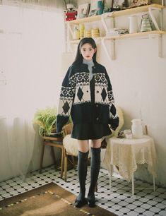 Cute Skirt Outfits, Cute Skirts, Korean Fashion Fall, Autumn Fashion, Casual Looks, Winter Outfits, Leather Skirt, Autumn Style, Fashion Outfits
