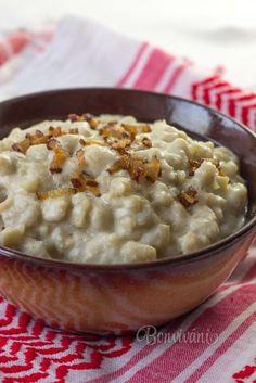 Potato Spatzels with Bryndza (Slovak sheep cheese) - Bryndzové halušky • recept • bonvivani.sk (Slovak language)
