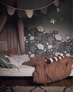 home Wallpaper Ideas - A Cosy Scandinavian boho Family Home (my scandinavian home). Kids Bedroom Sets, Girls Bedroom, Kids Rooms, Bedroom Ideas, Lego Bedroom, Childs Bedroom, Room Kids, Trendy Bedroom, Master Bedroom