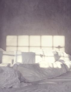 morning light on white sheets Morning Mood, Morning Light, Monday Morning, Morning Morning, Home Interior, Interior And Exterior, Interior Design, My New Room, Light And Shadow