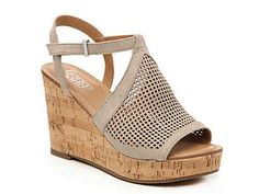 Franco Sarto-Canyon Wedge Sandal Level up your look with the Canyon sandal from Franco Sarto. These platforms feature modern laser-cut detailing and are complete with a cork wedge heel that complement midi skirts or culottes. Studded Heels, Wedge Heels, Leather Sandals, Womens Shoes Wedges, Womens High Heels, Shoe Boots, Shoes Heels, Flats, Zapatos