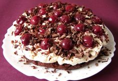 Feketeerdős brownie torta
