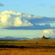 Vind saligheid vir jou siel in die pragtige uitgestrekte landskap van die Oos-Vrystaat. Free State, Afrikaans, South Africa, Freedom, Van, Mountains, Landscape, Country, Nature