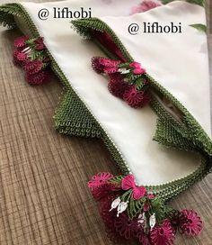 Görüntünün olası içeriği: 1 kişi, çiçek Tambour Embroidery, Elsa, Needlework, Lace, Instagram, Tricot, Tatting Jewelry, Florals, Embroidery