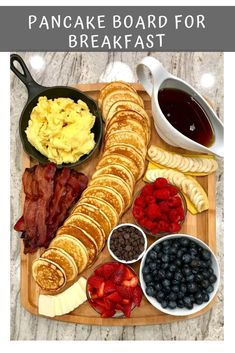 Pancake Board – a creative way to serve breakfast, brunch or brinner! Pancake Board - a creative way to serve breakfast, brunch or brinner! - Pancake Board – a creative way to serve breakfast, brunch or brinner! Healthy Drinks, Healthy Snacks, Healthy Recipes, Healthy Eats, Nutrition Drinks, Quick Recipes, Keto Recipes, Snacks Recipes, Pizza Recipes