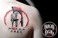 Casco espartano para Bauti Bruzzoni en el estudio Sucio X Real Tatuajes (Gualeguaychú - Entre Ríos) #Tattoo #Tatuaje #Argentina #TattooArgentina #Gualeguaychú #LaPlata #TattooLaPlata #Ink #SucioXReal #SantoUno #Casco #Helmet #Spartan