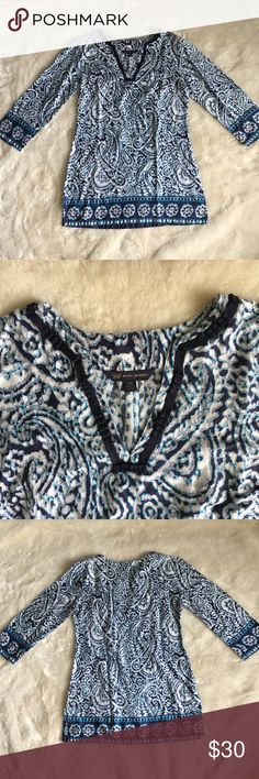 346 Brooks Brothers Blue Paisley Print Tunic Top In very good condition. No flaws noted. Paisley print. Tunic pullover top. 3/4th sleeve. Material: 100% Cotton. Brooks Brothers Tops Tunics