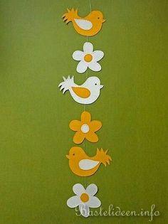 a kvetkezre: basteln mit kindern frhling - - # Diy Crafts To Do, Bird Crafts, Felt Crafts, Easter Crafts, Crafts For Kids, Arts And Crafts, Diy Paper, Paper Art, Facebook Christmas Cover Photos