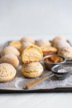 Golden Sugar Choux au Craquelin - Cream Puffs with Salted Caramel Diplomat Cream — Cloudy Kitchen - Pastry Supermarket Fancy Desserts, Just Desserts, Delicious Desserts, Dessert Recipes, Yummy Food, Pastry Recipes, Cooking Recipes, Choux Cream, Choux Buns
