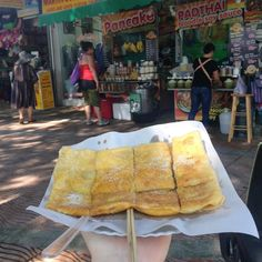 Roti is yum. #banana #egg #foodiefriday #thailand #foodporn #throwbackthursday #tbt #fbf #food #ilovefood #sweets #dessert #solofemaletravel #freelancewriter #blogger #worldtravel #seaside #asia #southeastasia #backpacking #travellight #streetfood #oishii #yummygoodness #roti #bread #friedfood #flashbackfriday