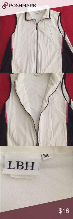 Tennis sleeveless vest jacket. Zip up tennis vest jacket. Great color that is versatile to go with a variety of white- Black- Pink and Blue! LBH Tops